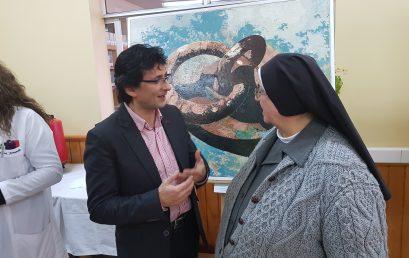 Máximo Peña Ordoñez expone sus pinturas en el colegio
