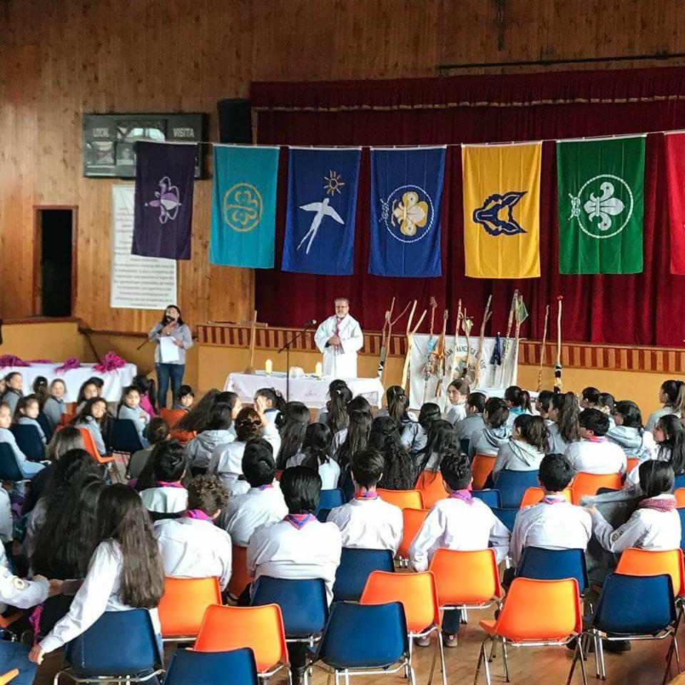 Inauguran año Scout en el Colegio