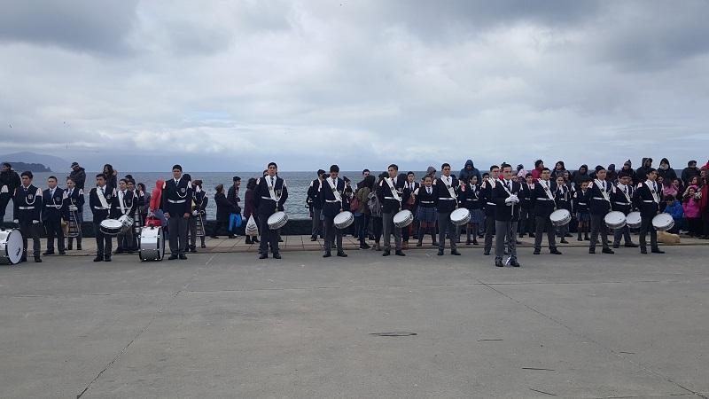 Banda del Colegio en desfile