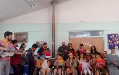 Infancia Misionera visita Hogar de Ancianos